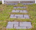 Creating a Stepping Stone Path Using Concrete Forms