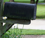 How to Paint, Stain and Repair a Leaning or Worn Mailbox – Today's Homeowner