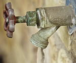 How to Stop an Outdoor Faucet from Dripping